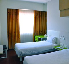 Hotel Everbright Ambon 2