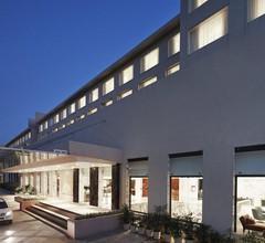 Courtyard By Marriott Bilaspur 1