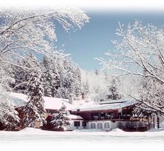 Auberge Alpine Inn 1