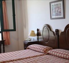 Tugasa Hotel Arco De La Villa 2