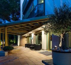 Suite Hotel S'Argamassa Palace 1