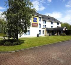 Hotel Kyriad Rouen Nord - Mont Saint Aignan 2