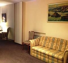 Hotel Academy 2