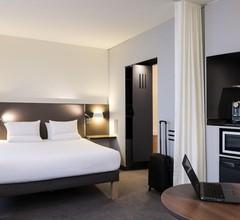 Novotel Suites Paris Nord 18ème 2