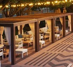 DoubleTree by Hilton Dallas - Market Center 2