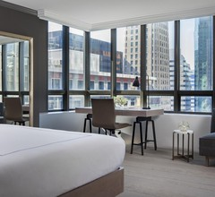 The Marquette Hotel, Curio Collection by Hilton 2