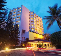 The Gateway Hotel Marine Drive 1