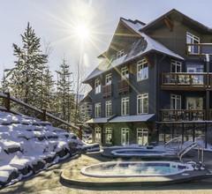 Blackstone Mountain Lodge 1