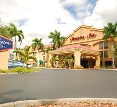 Hampton Inn Fort Myers-Airport & I-75 2