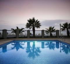 Mitsis La Vita Beach Hotel 1