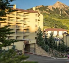 Elevation Hotel & Spa 1