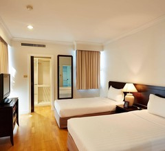 Riverine Place Hotel and Residence 2