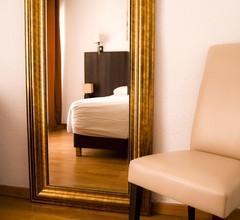 Hotel Carlos III 1