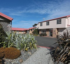 Admiral Court Motel & Apartments 2