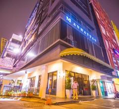 Manhattan Business Hotel Damansara Perdana 1