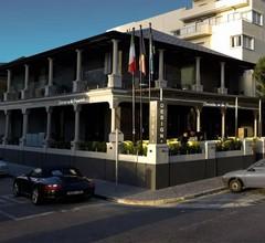 Hotel on The Promenade 1