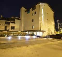 Hotel Meridian 1