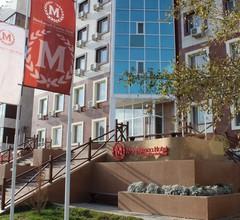 Manhattan Hotel Astana 1