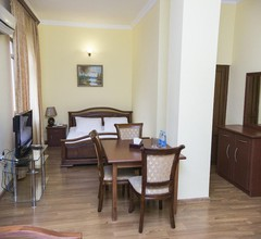 Capital Hotel 1