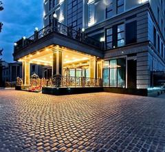Plaza Hotel Bishkek 1