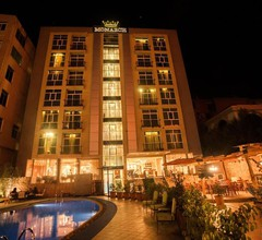 Monarch Hotel 1