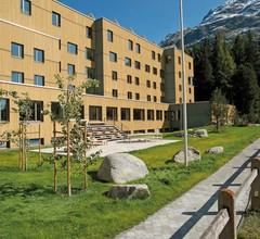 St. Moritz Youth Hostel 1