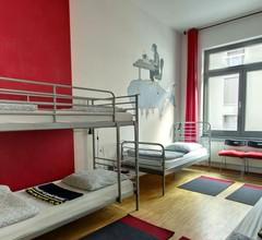 Heart of Gold Hostel Berlin 1