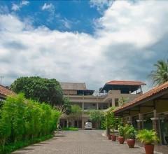 Hotel Catur 2
