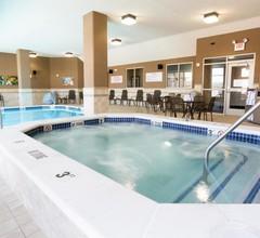 Drury Inn & Suites Colorado Springs Near the Air Force Academy 2