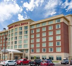 Drury Inn & Suites Colorado Springs Near the Air Force Academy 1