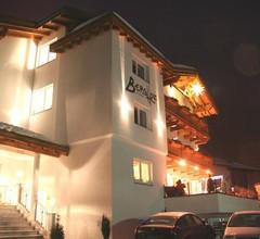 Hotel Berghof 2