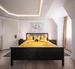 Max Aviation Villa & Apartments 1