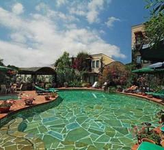 El Vino Hotel & Suites 2