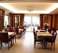 Burg-Hotel 2