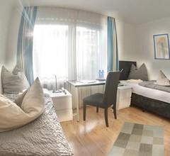 Hotel Merlin Garni 2