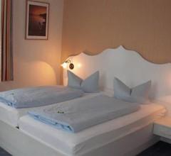 Hotel Strandvilla Janine 1