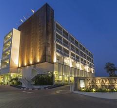 Kantary 304 Hotel 1