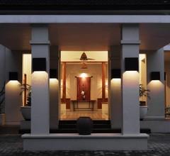 Billiton Hotel & Klub 2