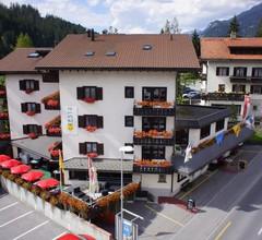 Cresta Hotel 2