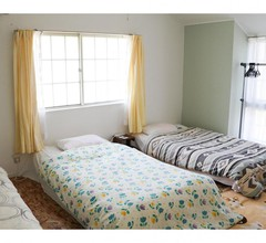 Guest House Shirahama R cafe – Caters to Women - Hostel 2