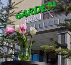 Garden Hotel 2