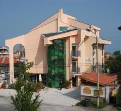 Sea Horse Hotel 1