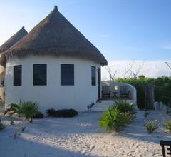 Balamku Inn on the Beach 1