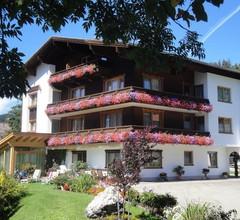 Austria Zimmer & Ferienwohnungen 2