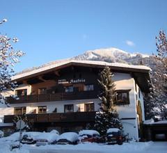 Hotel-Garni Austria 1