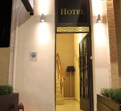 Hotel George 2