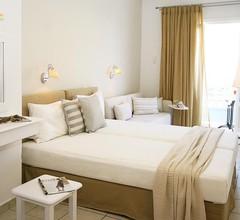 Paradissos Hotel 1
