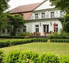 Internat Schloss Spiegelberg 1