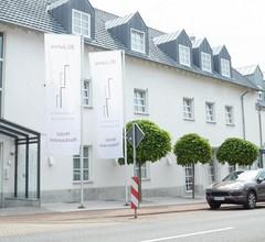 Ressmann's Residence 1