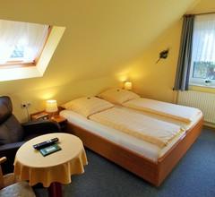 Garni Hotel-Pension Holum 2
